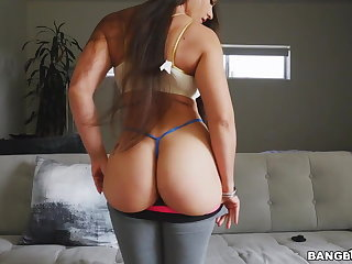Big Ass Latina Marta La Croft Bounces On Doggy And Cowgirl